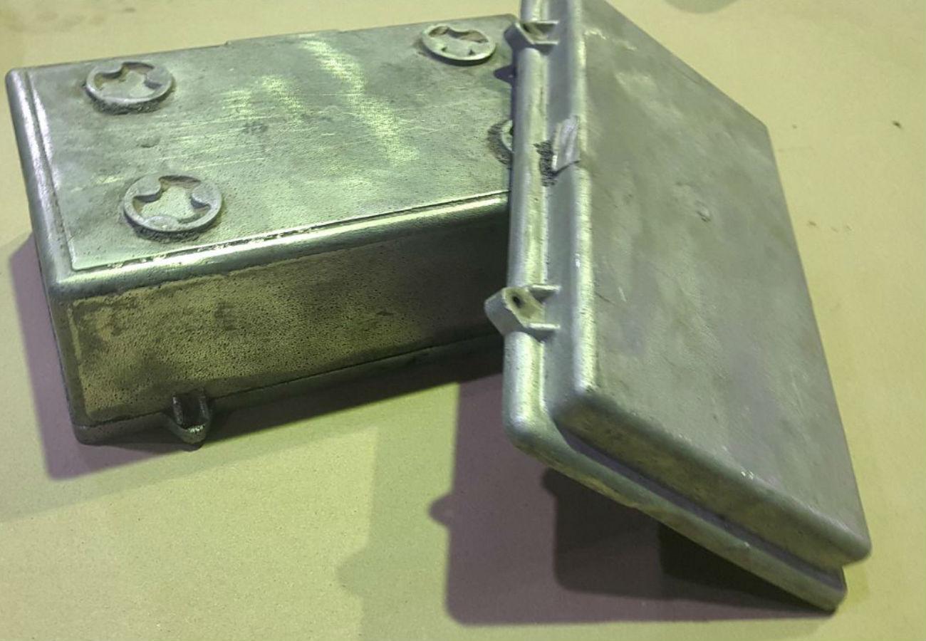 Лиття контейнерів з алюмінієвих сплавів відлитих методом ЛГМ